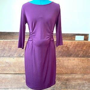 ✨HP✨ A Pea in the Pod Plum 3/4 Sleeve Ruched Dress
